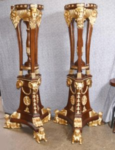 Pair XL French Gilt Torcheres Ständer Jardiniere Carved Pflanzer