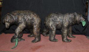 Paar Französische Bronze Amerikanische Grizzlybär Springbrunnen Statuen Lachs