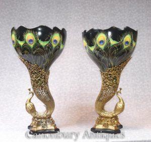Paar Kunst Nouveau Porzellan Pfau Vasen Vogel Urnen