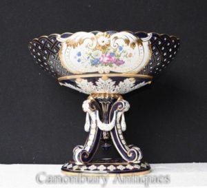 Einzel Sevres Porzellan Urne auf Stand Floral Terrine