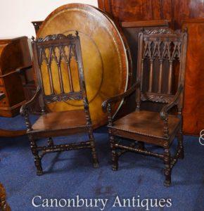 Paar Eiche Gothic Arm Chairs Bauernhaus Möbel