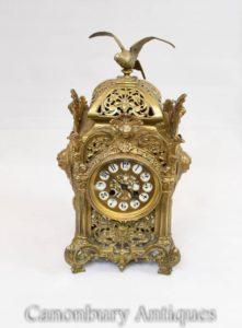 Antike Ormolu-französische Reich-Wagen-Uhr vergoldet