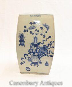 Blauer und weißer chinesischer Porzellan-Gartenhocker - Nanking Asian Interiors