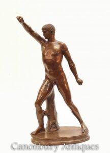 Klassische römische Athletenstatue aus Bronze - Grand Tour Nude Figur