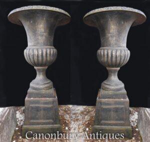 Paar Garten Urnen - Englisch Gusseisen Campana Pflanzgefäße