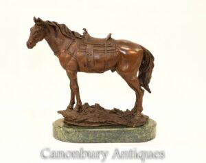 Französische Bronzestatue - Reiterstatue