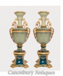 Paar Empire Glasvasen - Monumentale vergoldete Sockelurnen