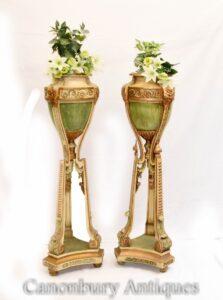 Paar gemalte Torchere Pflanzer steht Robert Adam
