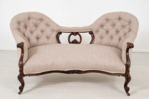 Victorian Settee - Camele Back Palisander Couch Sofa 1860