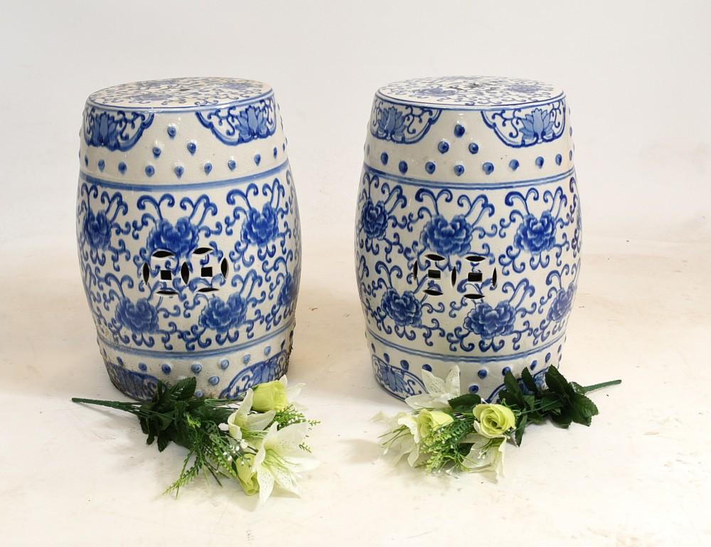 Chinesischer Porzellanhocker Blau und Weiß Nanking China Urne