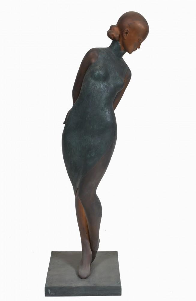Jugendstil Frauenfigur Großes Mädchen Statue Gießen