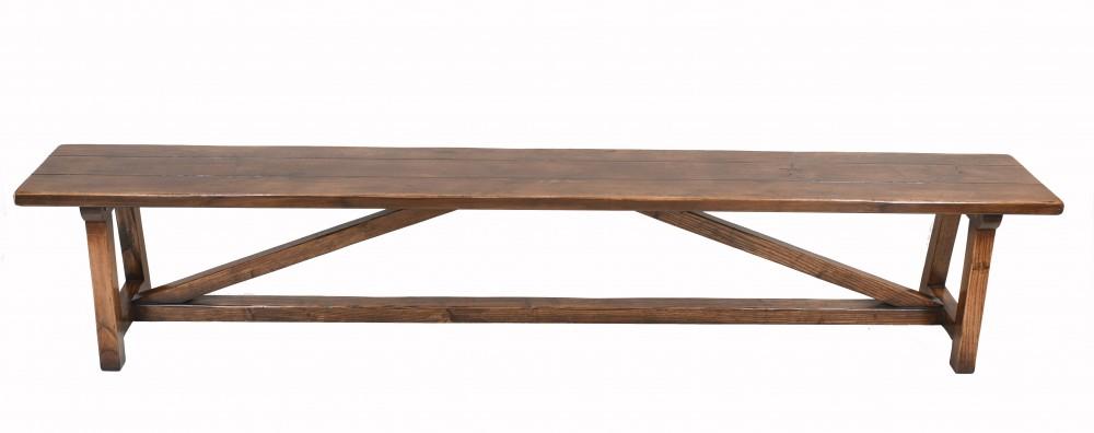 Maßgeschneiderte Sitzbank aus Eichenholz im Landhausstil