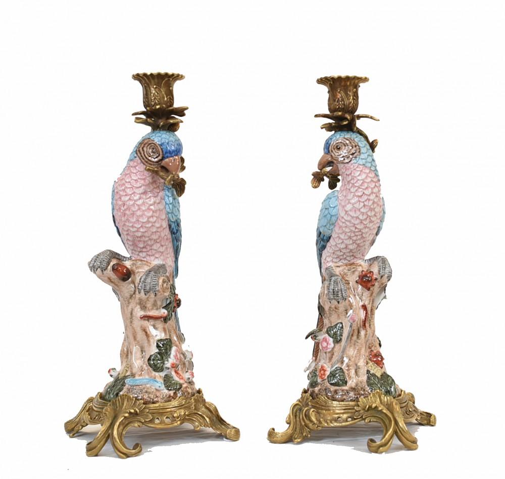 Paar Papageien Kerzenständer aus Porzellan Tropischer Vogel Französische Kerzenleuchter